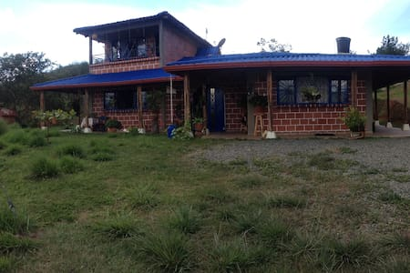 Casa Campestre Crisol - Blockhütte