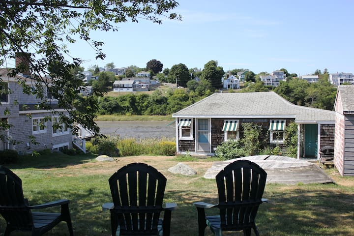 Waterfront Cottage with Private Beach Access - Ipswich - Other