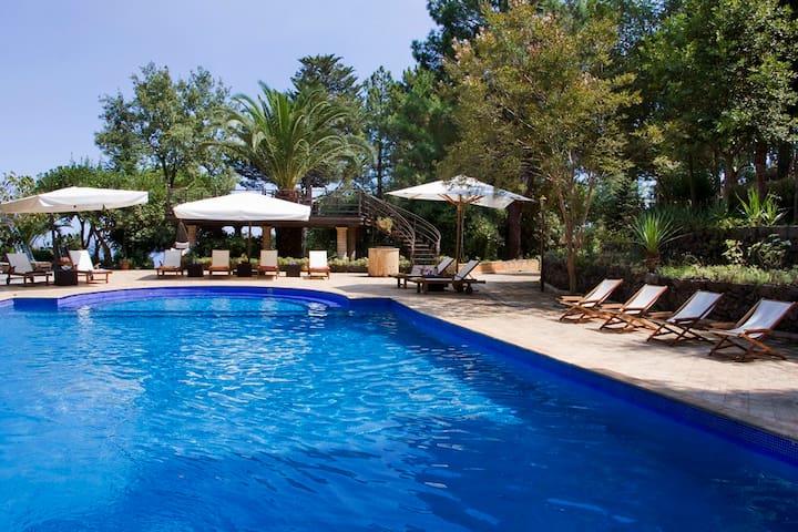 Villa Scozilia, Etna and Taormina - Piedimonte Etneo - Villa