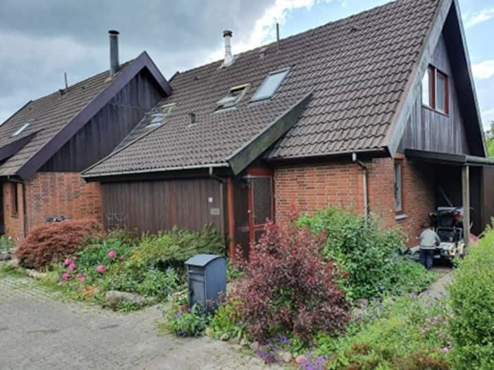 Cosy and child friendly home close to atractions
