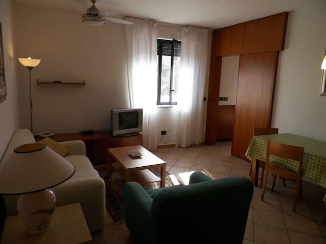 Averno Room Pozzuoli - Pozzuoli - Apartemen