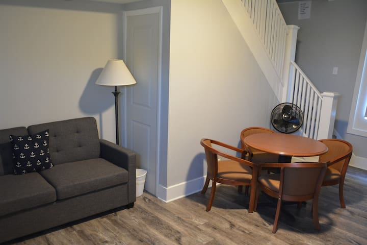 AB Lodging - Flybridge Suite downtown Put-in-Bay