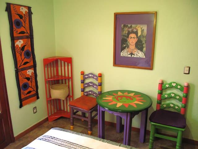 Charming Room in El Centro, 1 woman - โออาซากา - ที่พักพร้อมอาหารเช้า