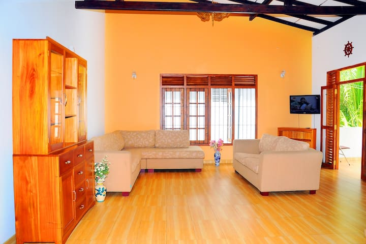 Spacious Apartment Near Galle City - Galle - Appartement