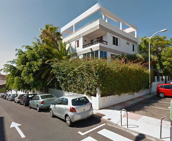 Apartamento céntrico con piscina - Santa Cruz de Tenerife - Apartment
