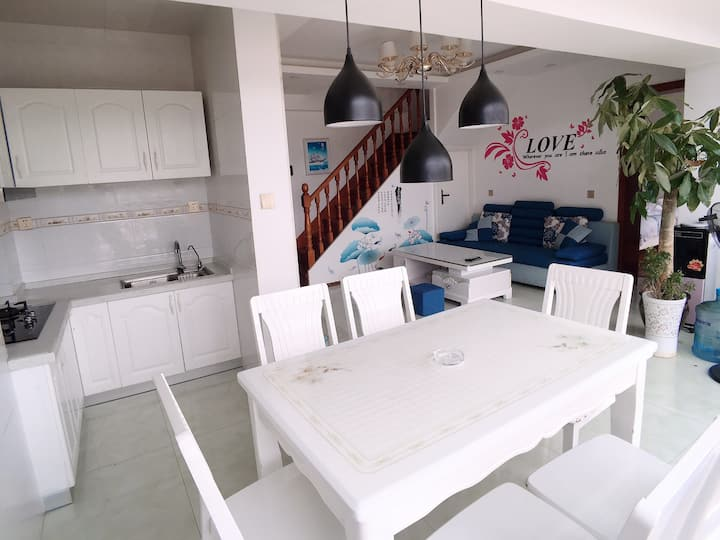 海滨之家民宿 近洱海 三居室 动车站机场免费接机