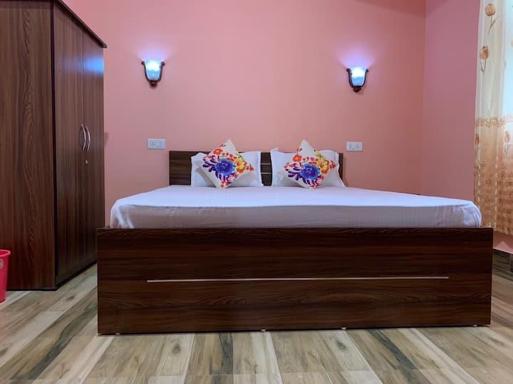Kitsel Homestay (Room No.303)