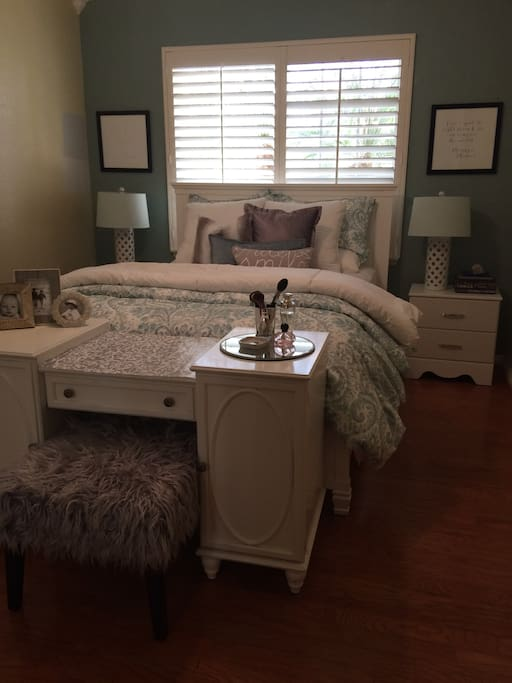 Room with Queen bed and built in closet