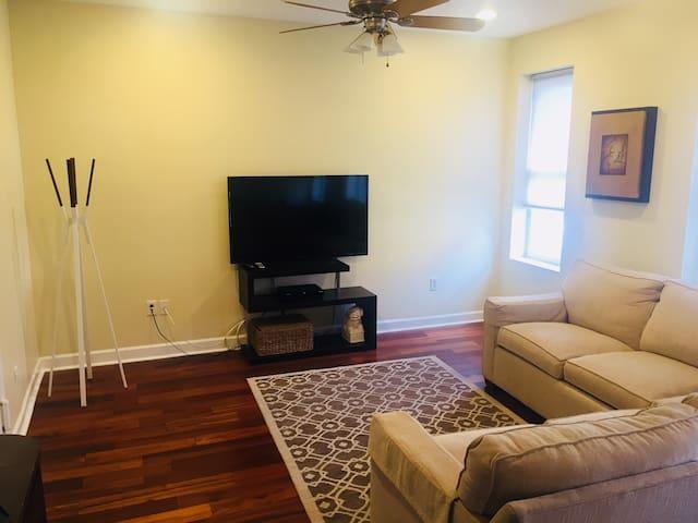 2 Bedroom, 2 Bath apartment in superb location