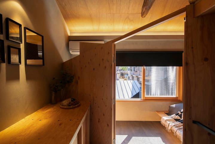 2nd floor single bedroom