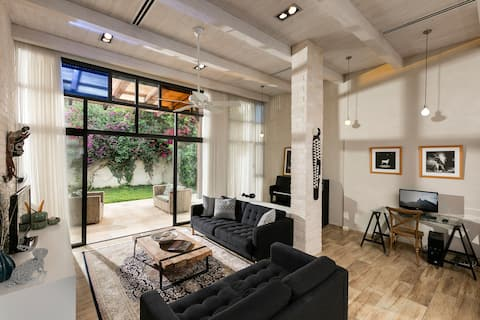 Beautiful Designed Family Villa