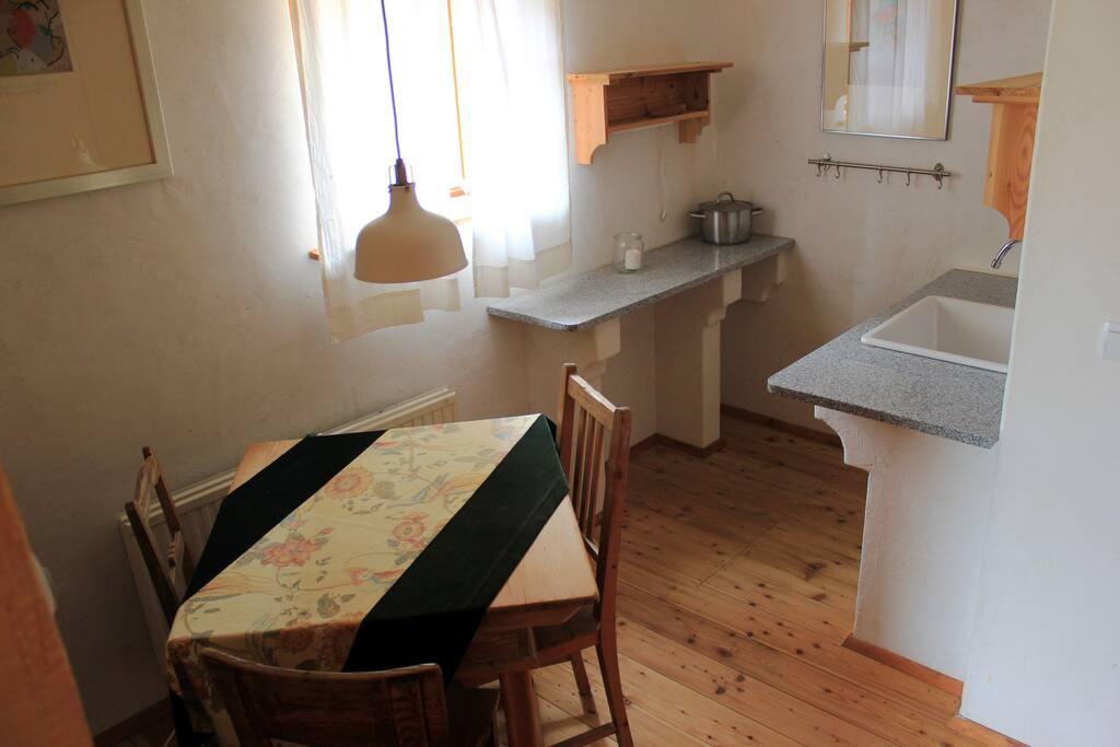 Küche/Essbereich