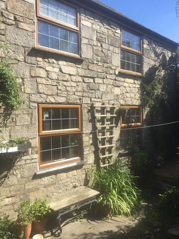 1800c cornish cottage in pretty village - Saint Columb - Casa