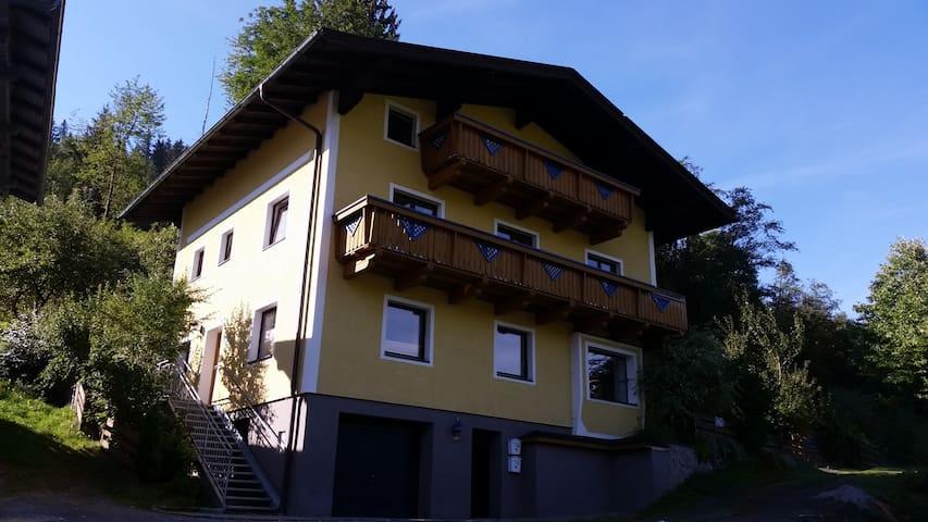 Großräumiges Ferienhaus - Bruck an der Großglocknerstraße