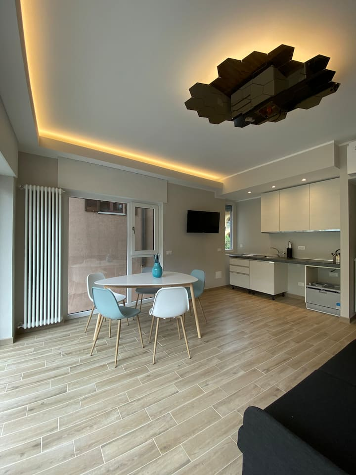 LovingStresa brand new flat in the town centre