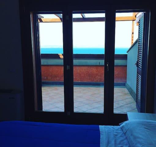 Camera con vista mare in villa indipendente - Porto Santo Stefano - Appartement