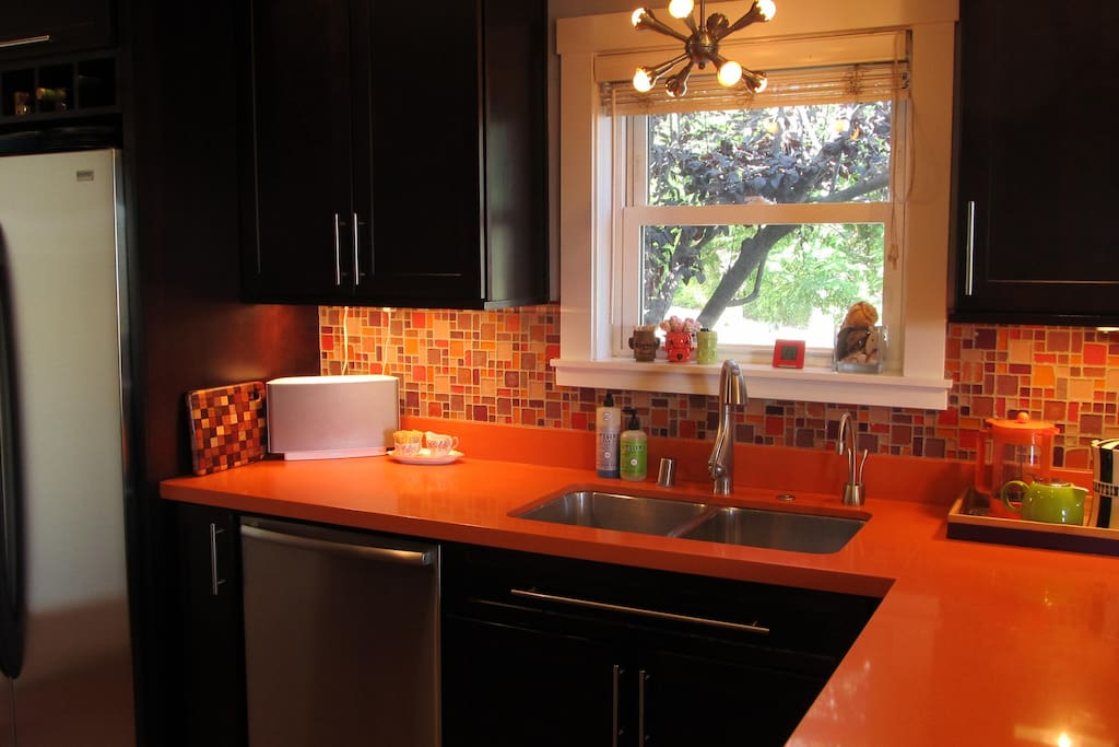 Fun bright kitchen with all the ammenities