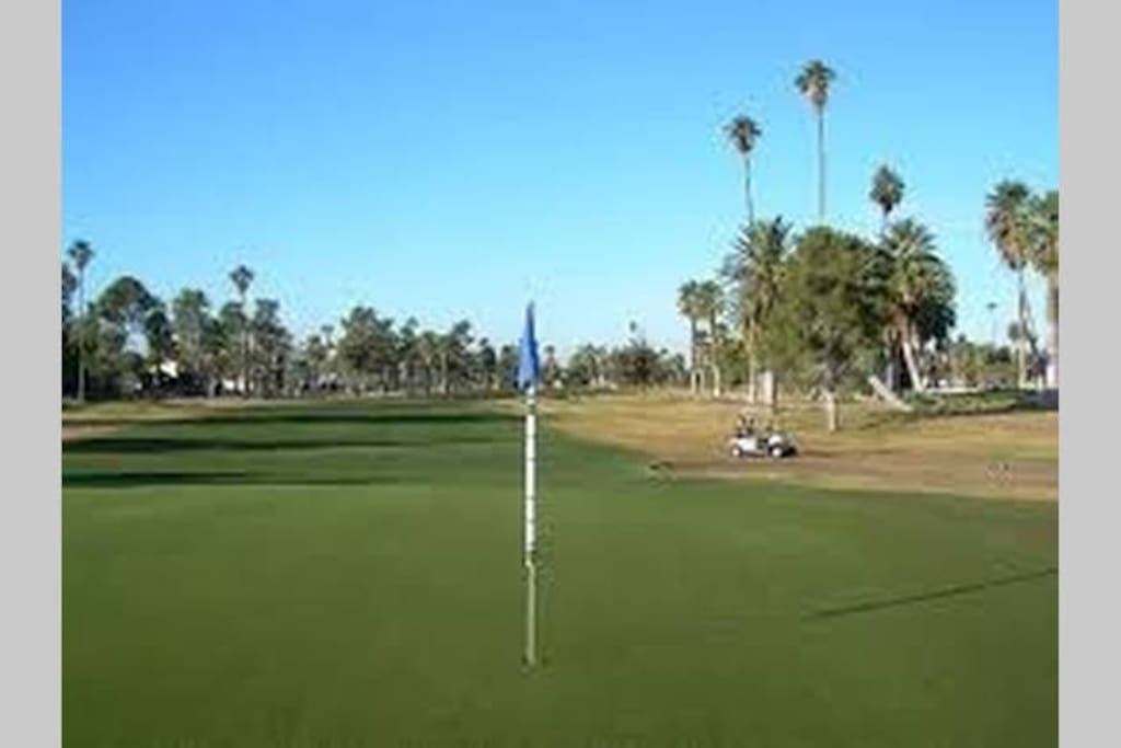 Encanto golf course is only 2 mins away