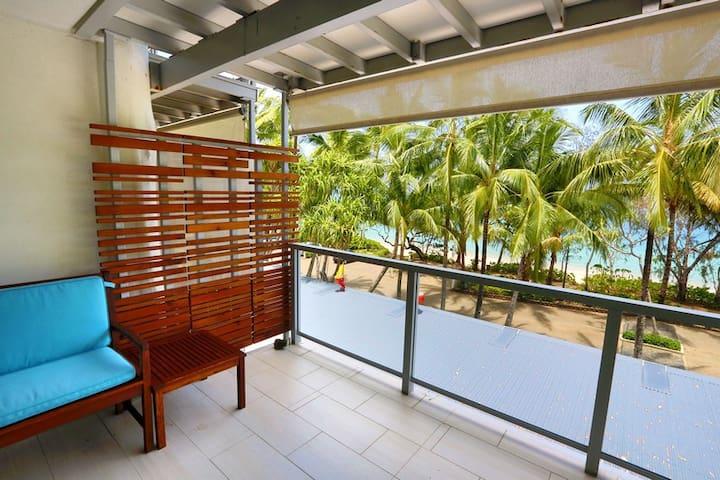 Drift 1 Bedroom Beachfront Apartment - Palm Cove - Apartament