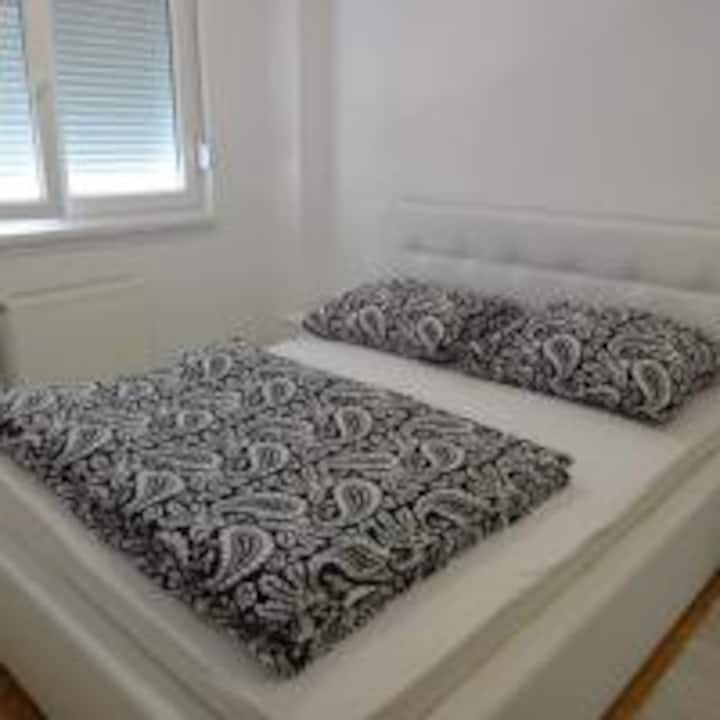 Apartman Apolon 2