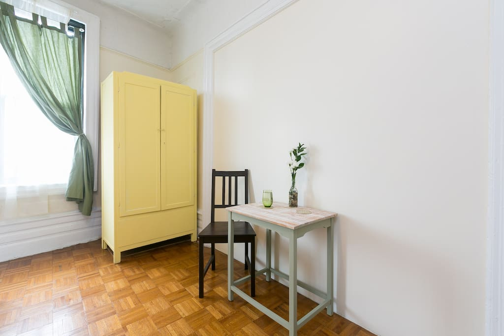Wardrobe with hanging shelves, cafe table