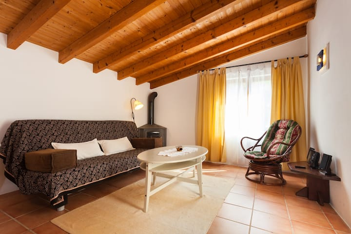 Romantic Cottage in Natural Park close to Arrifana