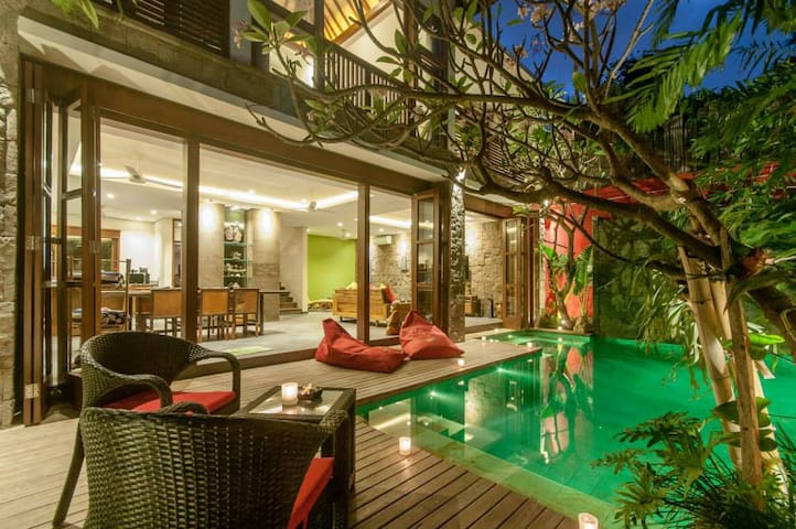 Boutique Modern Luxury in the Heart of Seminyak