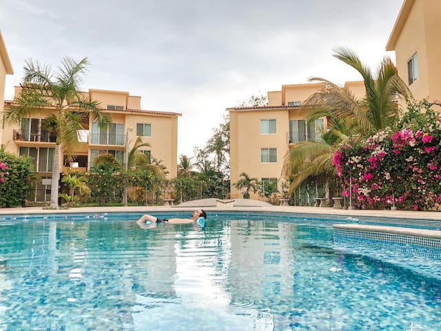 Condo Monarca for 6 guests in the heart of town