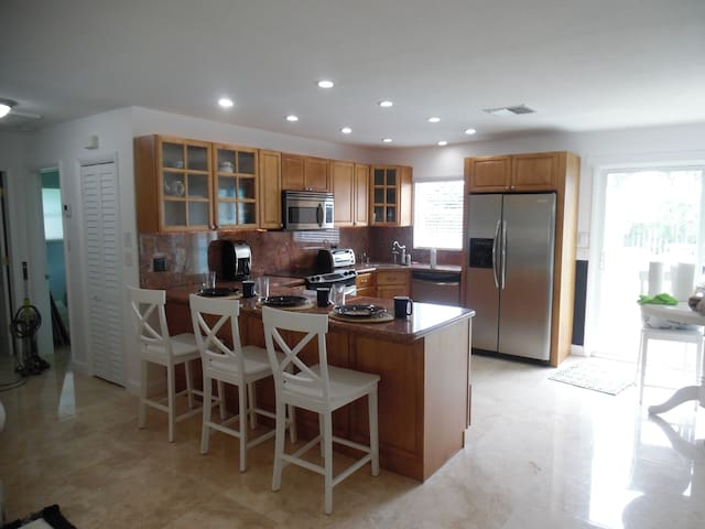 Dolphin Place - Deerfield Beach - Apartament