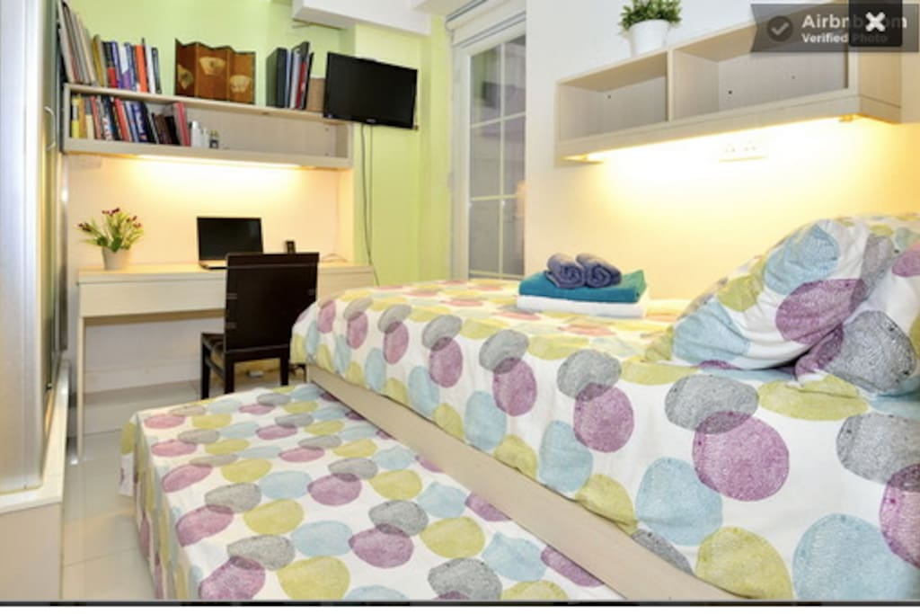 Tween bed with small double bed
