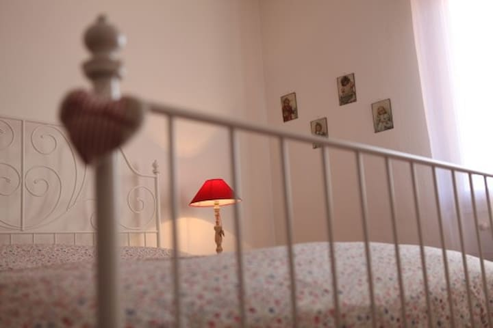Ampia camera bed &trekking - Meldola - Bed & Breakfast