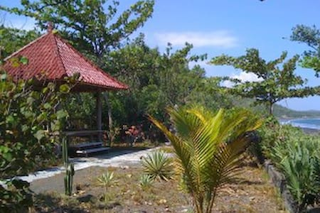 Private holiday home at sea - Kusamba, Bali, Indonesia - House