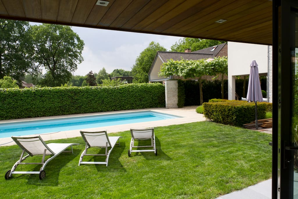 Charming Holiday House With Swimming Pool Vacation Homes For Rent In Zonhoven Vlaanderen Belgium