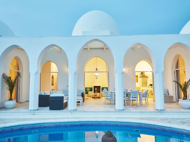 Villa mit traumhaftem Meerblick
