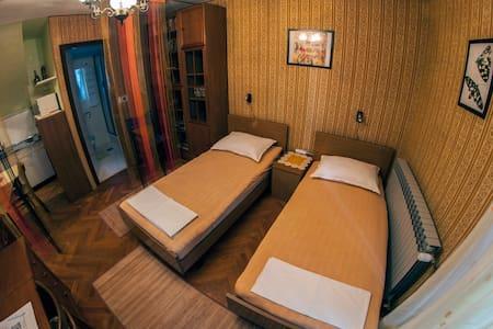 Villa Rosa - Rustik - Novalja - Maison