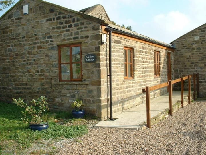 Curlew Cottage a converted barn near Bingley