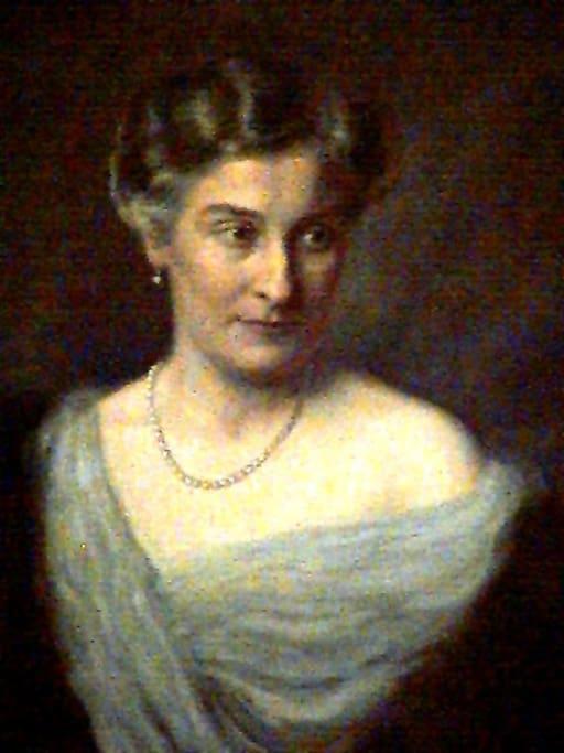 Zimmer 5 ist benannt nach der Großmutter des Burgherrn Helene Reichsgräfin Wolff Metternich zur Gracht
