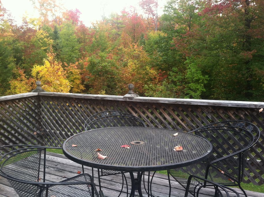 Great Spot for a glass of wine, book, and afternoon nap. on your own small private deck.