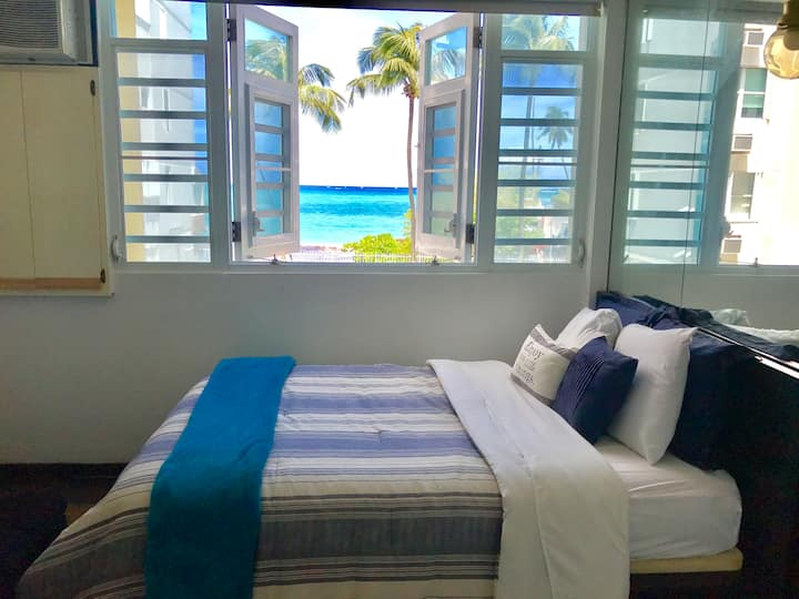 ★OCEANVIEW Studio-Steps From Beach-FREE PARKING★