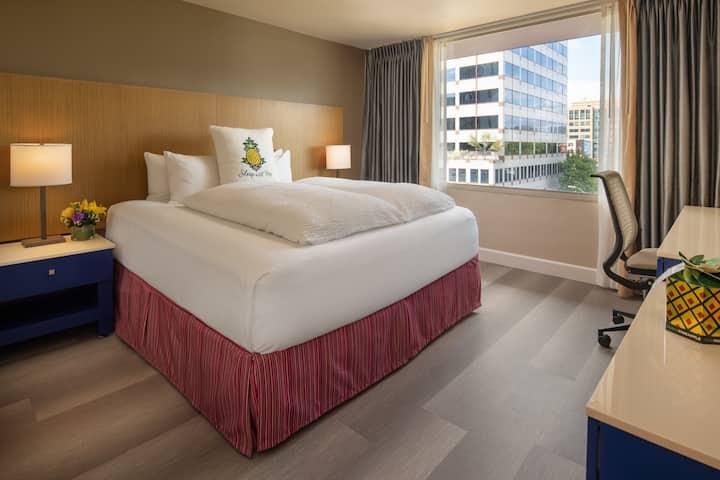 Hotel Rose, Cityscape King