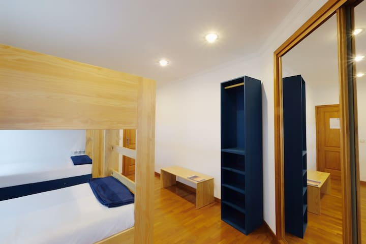 Mix Dorm with private bathroom