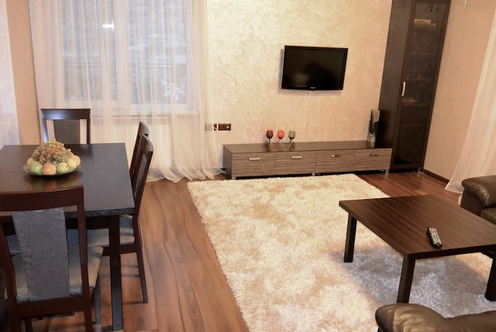 Modern, spacious 2BD + Mt. Ararat - Yerevan - Appartement