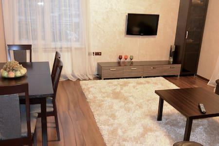 3-х комнатная с видом на г.Арарат - Yerevan