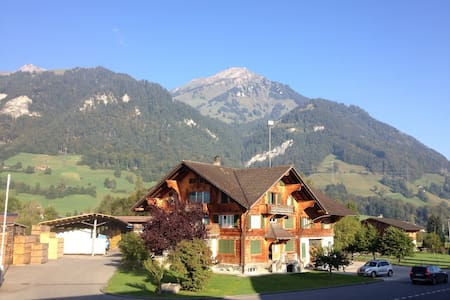 Privat room in the Berner Oberland - Apartment