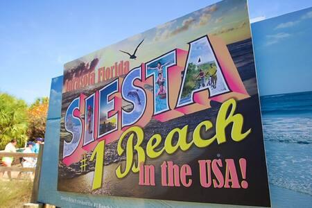 Key Lime Getaway-La Siesta