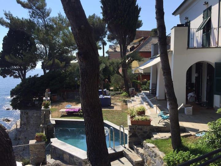 Villa a picco sul mare CITRA 010047-LT-0057