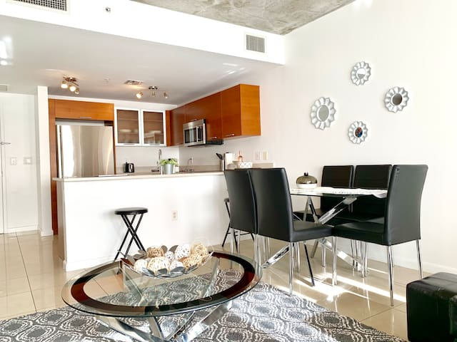 Luxury Wynwood Condo close to everything