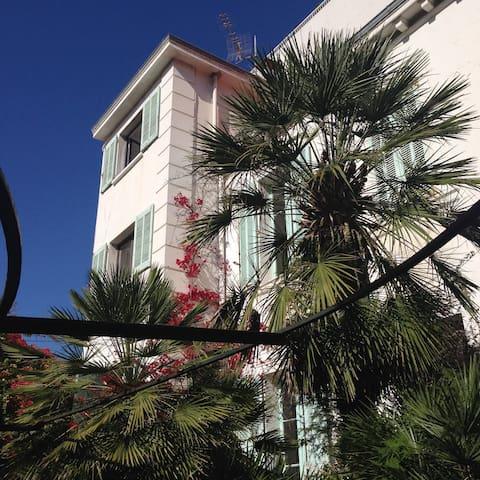 POINTE CROISETTE / FF 1 - Cannes - Casa