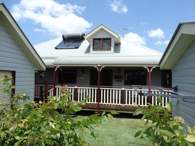 Sawtell Beach Cottage