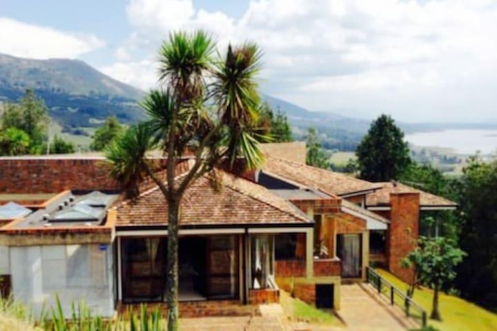 Casa Familiar La Esperanza Guatavita-Sesquile